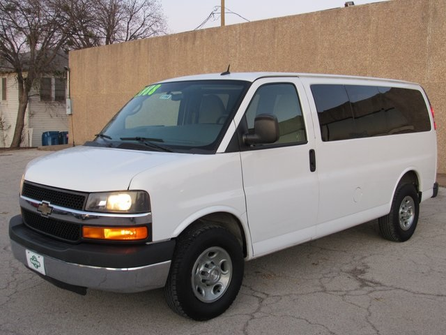 Pre-Owned 2013 Chevrolet Express 2500 LT