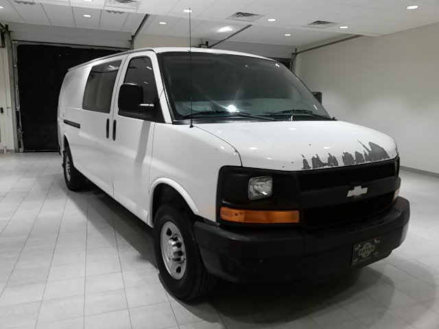 Chevy Express Van >> Pre Owned 2007 Chevrolet Express Van G2500hd Work Van 3d Extended