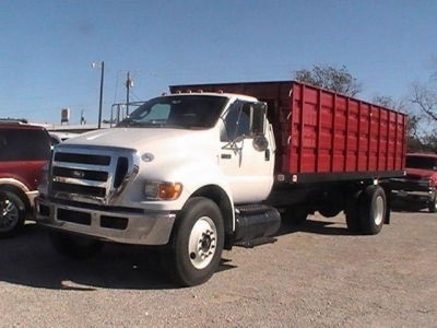 Pre-Owned 2011 Ford F-750SD